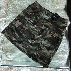 NEW ✨ Forever 21 Skirt